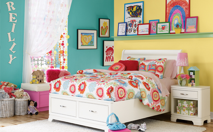 Painting With Bright Lively Colors Is An Ideal Way To Create A Fun And Exciting Bedroom Or Playroom Harness Your Child S Youthful Exuberance