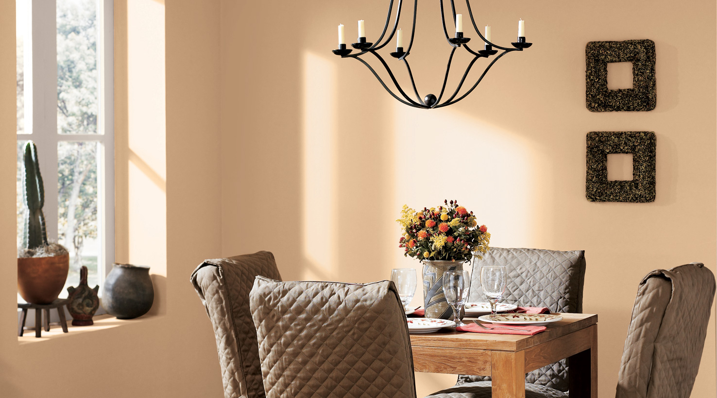 Dining room color inspiration gallery sherwin williams for Dining room colour inspiration