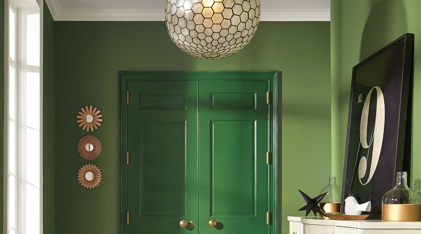 Entryway Greens