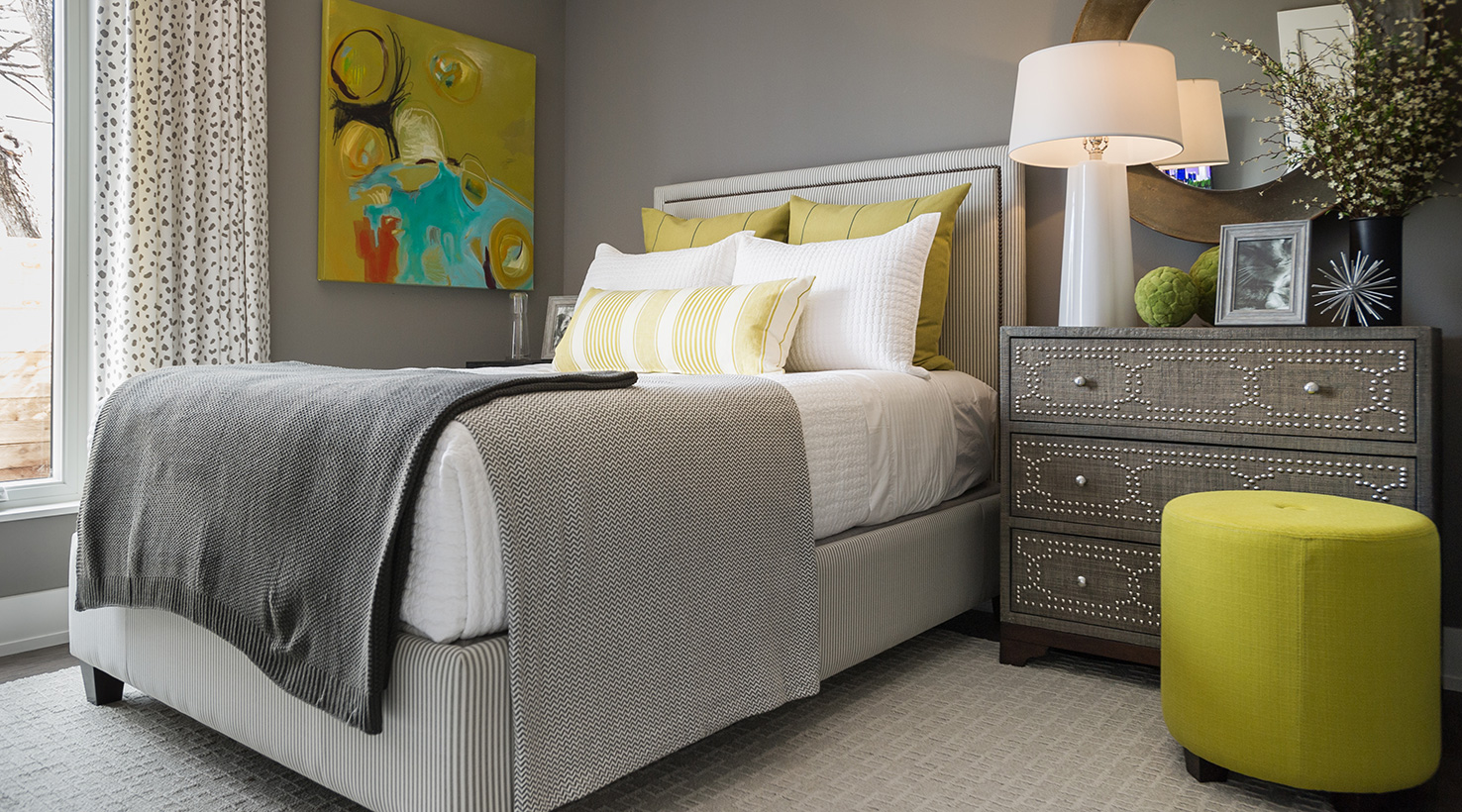 The hgtv smart home 2015 sponsored by sherwin williams - Guest bed options for small spaces paint ...