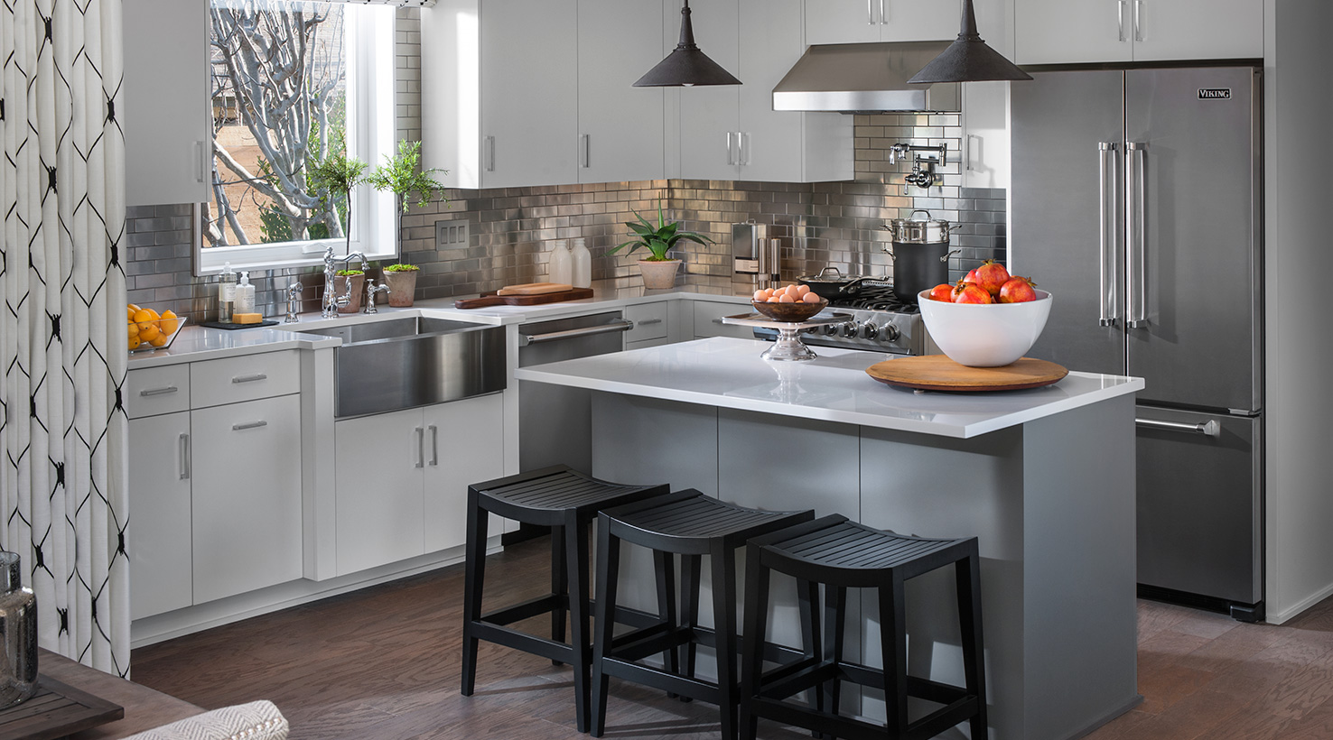 Hgtv Home Sherwin Williams Paint Kitchen Cabinets White