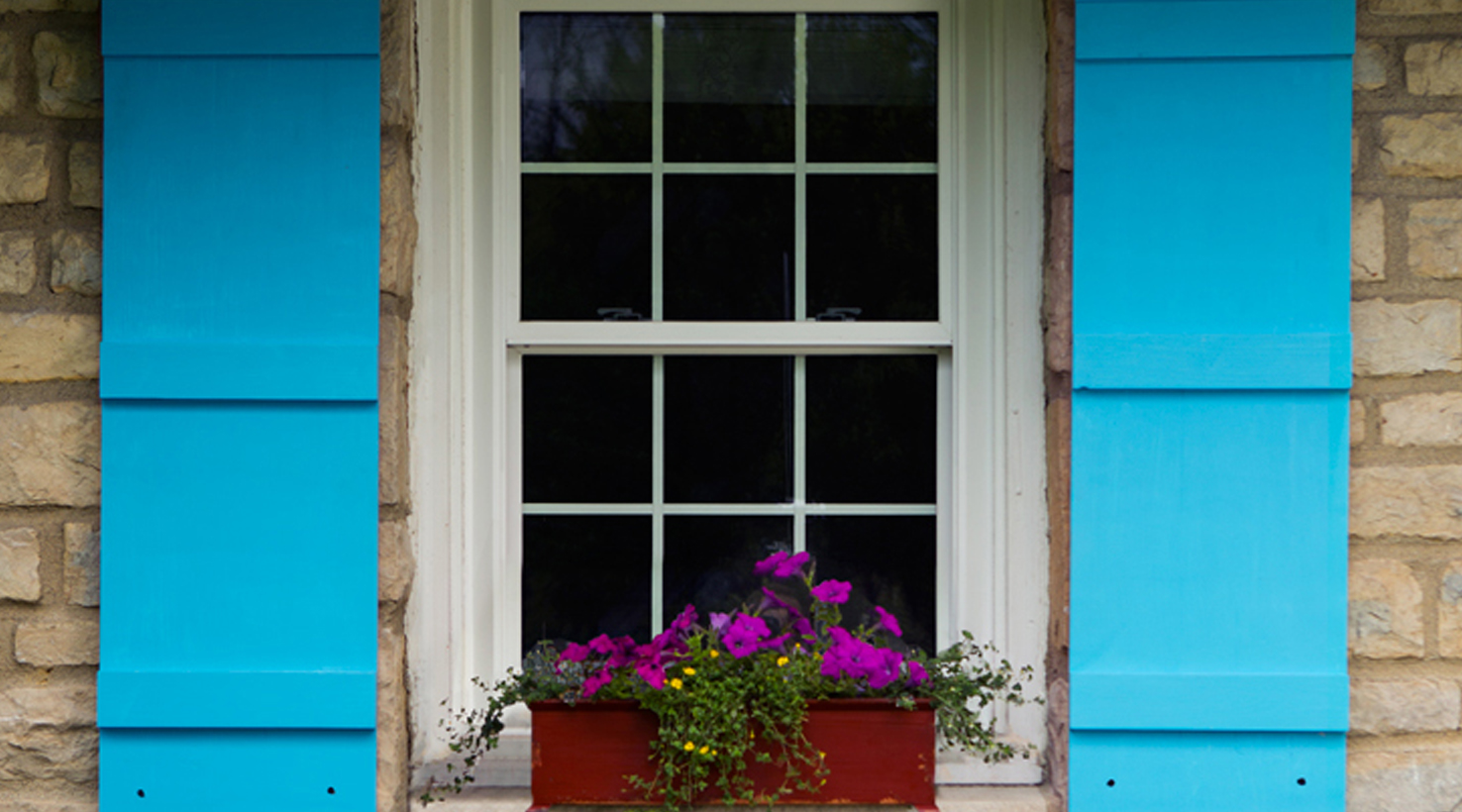 Exterior color inspiration accent paint colors sherwin - Sherwin williams exterior colors ...
